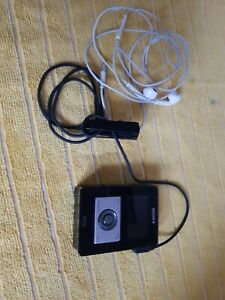 Sony Walkman XDR-M1 DAB or FM Pocket Radio, + ear phones
