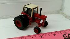 1/64 ERTL farm toy custom international ih 986 white stripe tractor with duals!