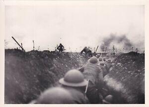 IWM Press Photo WW1 British troops running in trench German retreat 24.3.1917