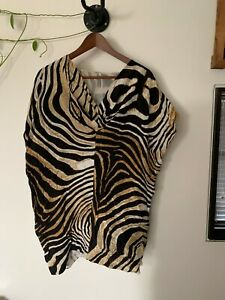 Just Cavalli silk Zebra print V-neck top with cap sleeve - size S. no labels
