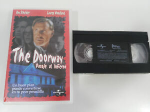 The Porte Passage Al Hell Druxman Horreur VHS Tape Film Castillan