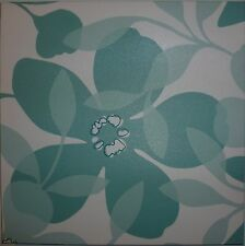 Floral wall hanging green and white