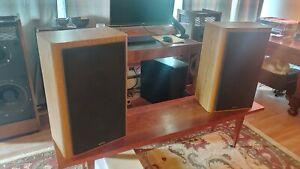 Vintage Infinity RS 5000 Large 3-Way Bookshelf Speakers - Refurbished
