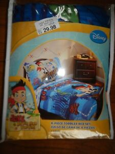 DISNEY JAKE AND THE NEVERLAND PIRATES 4-PIECE TODDLER BED SET - BRAND NEW