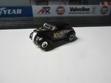 CUSTOM FORD WITH NEW DASH CHASSIS HO SLOT CAR