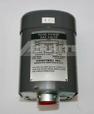 Honeywell - V4034A1185 - Fluid Power Valve Actuator 240V 60 Cycle - NOS - NIB