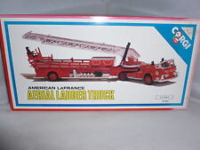 BRAND NEW CORGI DIECAST FIRE ENGINE AMERICAN LA FRANCE AERIAL LADDER TRUCK (4|)