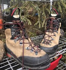 Salomon Super Mountain 9 Mountaineering Hiking Boots Mens Size US 9 Womens US 10