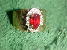 Vintage! 18K  GE wt A in circle   Banded CZ/Rhinestones Ring...Size 6...Unsigned