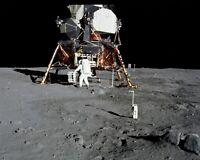 BUZZ ALDRIN APOLLO 11 ASTRONAUT DEPLOYS EXPERIMENT - 8X10 NASA PHOTO (BB-009)