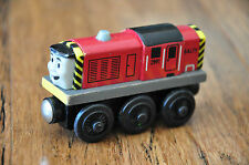 THOMAS TANK TRAIN SET Wooden Railway Engine - SALTY or Gold Dust - Excellent