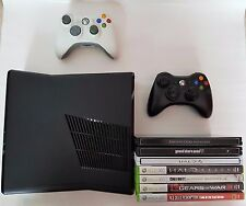 Xbox 360 Slim 250GB + 2 Controllers + 11 Games