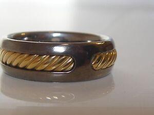 $950 DAVID YURMAN 18K GOLD, TITANIUM THOROUGHBRED MEN'S RING