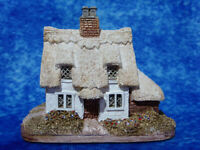 LILLIPUT LANE Clare Cottage - Miniature Masterpieces Handmade Model / Ornament