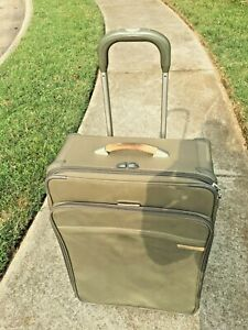 """BRIGGS & RILEY Baseline 26"""" Large Expandable Rolling  Olive Style U526S-7"""