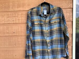 PATAGONIA - Men Button up Shirt - Checked long sleeve - Size M