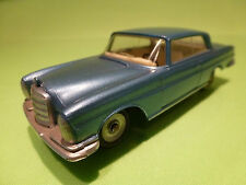 DINKY TOYS   1:43  MERCEDES BENZ 300 SE  NO= 533   - IN  NEAR MINT  CONDITION