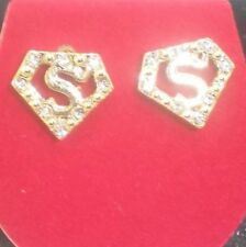 SUPERMAN GOLD TONE PENTAGON DESIGN EARRINGS