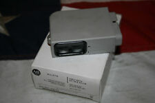 NEW Allen Bradley Photoelectric Switch 42LRC-5210 Photoswitch Polarized BNIB
