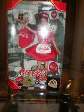 BRUNETTE CARHOP CONVENTION BARBIE WITH PIN NRFB