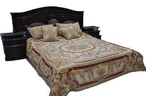 Tache Chenille Woven Royal Roman Garden Persian Rug Victorian Bedspread Set