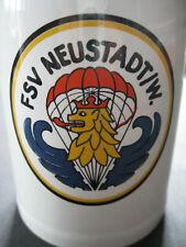 Bierkrug - Steingut - um 1980 -  FSV Neustadt / Weinstraße Fallschirmspringen