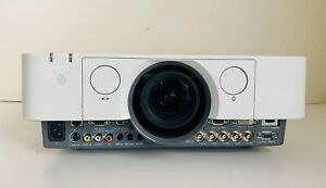 SONY VPL-FH30 Projector TRI-LCD WUXGA 1920X1200 FULL HD, TESTED, LOW USAGE LAMP