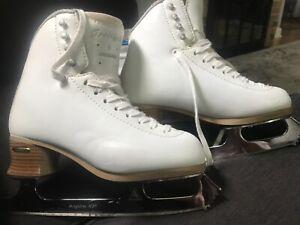 jackson freestyle ice skates size 5 D used