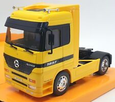 Welly 1/32 Scale Model Car 32280W - Mercedes Benz Actros - Yellow