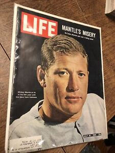 1965 LIFE Magazine NEW YORK Yankees MICKEY MANTLE The Last Innings of Greatness