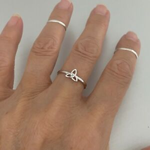 Sterling Silver Little Celtic Triquetra Ring, Silver Ring, Knot Ring, Boho Ring