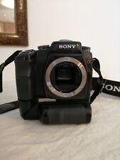 Fotocamera Sony Alpha100-A100 con obiettivo 18-70 e obiettivo 75-300 è flesh
