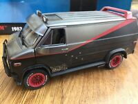GREENLIGHT 84112 GMC VANDURA A TEAM VAN Weathered version + bullet holes 1:24th