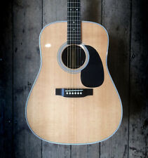 2011 MARTIN D28-P ACOUSTIC IN NATURAL FINISH COMES WITH A HARD SHELL CASE