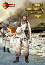 Mars 32014. German Elite Infantry Winter Dress WWII. Plastic 1/32 Scale Figures.