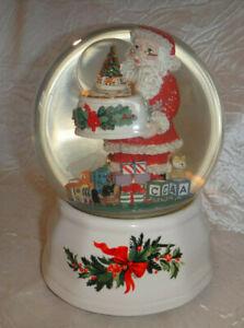 Christmas Heritage Santa Claus Musical Double Snow Globe Pfaltzgraff 047-525-00