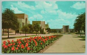 Dallas Texas~Canna Beds Leading To Reflection Pool & Hall of Fame~Vintage PC