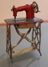 Jouet ancien tôle Penny toys MACHINE à COUDRE Années 20