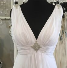 White V-neck Chiffon Wedding Gown Size 20W