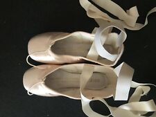 New Without Box Sewed Bloch Sonata ballet point shoes size 2.5 B