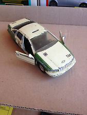 ROAD CHAMPS CHECKER TAXI CHEVROLET CAPRICE 1/43 VINTAGE (C) 1993