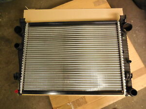 Mercedes W220 S280 S320 RADIATOR A2205000003 NEW BEHR