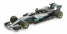 1:43 Mercedes W08 Bottas China 2017 1/43 • MINICHAMPS 417170277