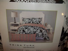NIP Trina Turk Sophisticated Floral Twin/Twin XL Comforter Set