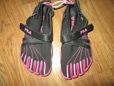 Womens FILA SKELE TOES shoes sz 7 water running