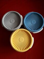 3 Tupper-Dosen Sonnentrio von Tupperware, verschiedenfarbige Deckel