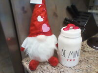 """😍New RAE DUNN ❤💟 Valentines Day LL """"BE MINE""""  8"""" Canister + CUTE Gnome!!!❤"""