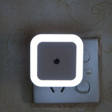 US/EU USB LED Light Auto Induction Sensor Control Bedside Night Light Wall Lamp