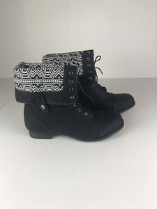 twisted  boots womens 11 W Black Design