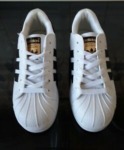 White adidas superstar trainers size 5.5